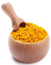 turmeric-in-wooden-bowl
